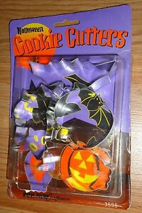 Halloween Cookie Cutters Set of 4 metal bat, pumpkin, owl, witch
