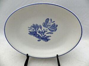 Pfaltzgraff Yorktowne pattern - 8 1/4 inch Oval Pickle dish - USA - EUC