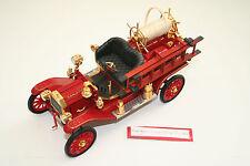 MODELLAUTO 1 : 18: 1914 FORD MODEL T FIRE ENGINE SAN JOSE, rot, SIGNATURE! 054