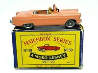 Matchbox Lesney No.39a Ford Zodiac Convertible 'B2' Box (SILVER PLASTIC WHEELS)