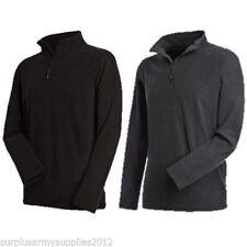 Vêtements de randonnée noirs polaire