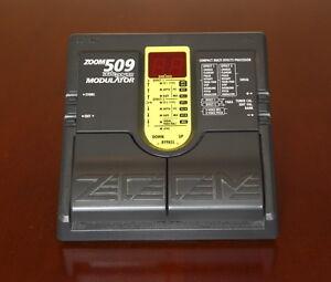 Zoom 509 Modulator Effect Pedal -->Great modulation effects<--