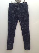 Laura Ashley sz 8 Grey With Silver Floral Print Super Stretch Skinny Jeans