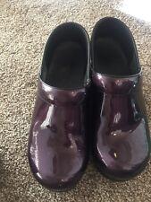 DANSKO PROFESSIONAL Purple Pearlized Patent CLOGS SHOES SIZE 38 7.5 - 8