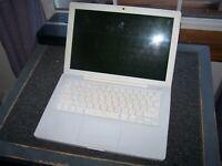 Apple MacBook A1181 13 inch Laptop 2.0 GHZ, 1GB RAM, 80GB HD SOLD AS IS