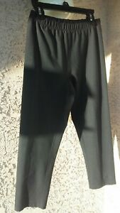 """AUTHENTIC """" NIKE """"WOMEN'S PETITIE BLK ACTIVEWEAR PANTS SIZE SMALL (4-6)"""