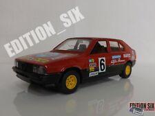 Burago 1:24 ALFA ROMEO 33 Diecast replica model car red