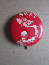 Swat Fly Whitehead & Hoag Pin Badge Hat Tie Lapel Button