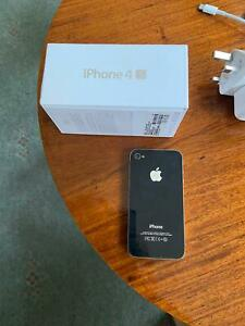 APPLE IPHONE 4 or 4S (not sure)