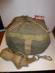 Sac vide pour parachute Matériel INDO armée française1952