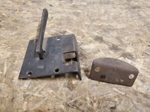 1914 - 1917 Ford model T Touring Door handle With Latch