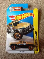 HotWheels Off Duty Off-road Jeep - Running No.66 - Possible Scale 1:64 - NEW