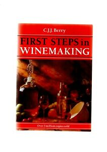 2 DIF CJJ BERRY WINEMAKING BOOKS 130 RECIPES & FIRST STEPS NEW