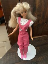 Skipper Barbie's little sister doll   1987 articulated pink outfit shoes