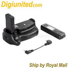 Meike MK-D5500 Pro 2.4G Remote Control Battery Grip Pack for Nikon D5500 DSLR