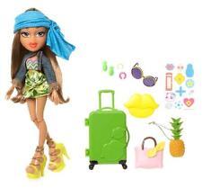 Bratz Study Abroad Brazil Yasmin Doll w/Accessories Clothes Jewelry Luggage New