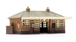 Dapol kitmaster 00/H0 gauge Station kit No:C014 Station booking hall.