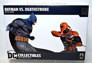 DC Collectibles Batman vs Deathstroke Battle Statue Ltd Ed. #352 Of 5000