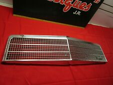1974 CHEVROLET CHEVELLE MALIBU AND ELCAMINO FRONT GRILLE WITH EMBLEM NOS !!