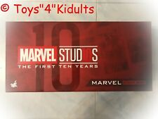 Hot Toys Marvel Studios 10th Anniversary Light Box Red NEW