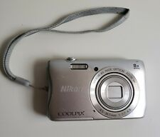 Nikon COOLPIX S3700 Digital Camera with 8x Optical Zoom For Parts Or Repair.
