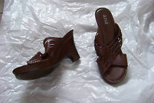 womens a.n.a. brown leather weaved strappy heels shoes size 7 1/2