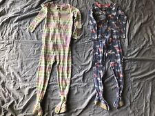 Lot of 2 Girls Long Sleeved Footie Pajamas in Size 3T - Carter's