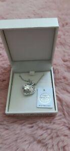 💞💞Genuine swarovski necklace large heart, silver chain cert, authenticity 💞💞
