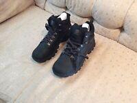 Timberland Keele Ridge Waterproof Mid Hiker Boots For Men (Black) Size 13