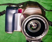 Olympus Film Camera Twin Flash AF Zoom SLR Aspherical Lens IS-20 Quartzdate