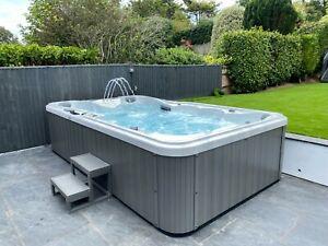 I-Sense Grande 9-10 Person Hot Tub Jacuzzi 3.8 x 2.25m Luxury Spa Inc Install