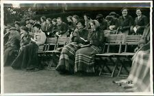 Bournemouth. Ladies Sitting Bench Blankets  Fur Coats    RH.672