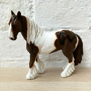 Lifelike Brown & White Country Gypsy Cob Horse Figurine Pony Ornament Home Gift