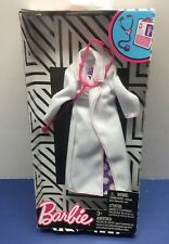 Barbie Careers Doctor Fashion Pack Lab Coat Stethoscope & Dress New Nip! Bam 💥