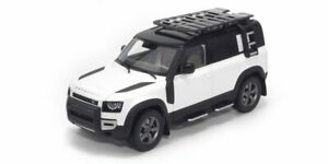 Land Rover Defender 110 Blanc 2020 1:18 Model Almost Real