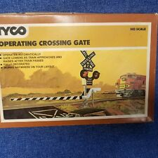 Vintage NOS Tyco HO Scale Operating Crossing Gate in Box No. 908:600 see pics!
