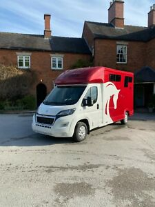 Equi-trek Sonic Excel 3.5T Horse Lorry *Brand New Unregistered* White & Red 2021