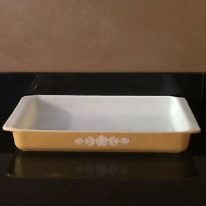 Vintage Pyrex Butterfly Gold Lasagna Pan Casserole Baking Dish #933