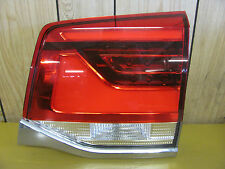 LANDCRUISER 200 SERIES TAILGATE TAIL LIGHT RH 8/2015 LATEST MODEL VDJ200R URJ202
