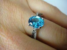 IMPRESSIVE BLUE TOPAZ CHOCOLATE & WHITE DIAMONDS LADIES RING, 3.8 GRAMS 14K GOLD