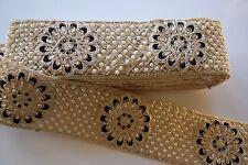 Adorno de oro y negro con cuentas de la India con Cristales Y Perla en Paisley - 1 metros