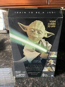 Star Wars Legendary Jedi Master Yoda Collector Box Edition *New *Sealed