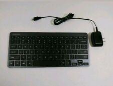 Samsung Bluetooth Wireless Keyboard (EE-BT550UBEGUJ) W/ Charger Works Great