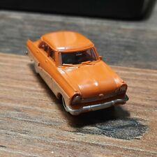Brekina 1:87  Ford Taunus 17 M - Limousine de Luxe - orange / Elfenbein
