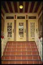 059087 trois portes avec le fer forgé A4 papier photo