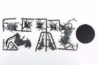 Warhammer 40k Death Guard Foetid Bloat-Drone miniature on sprue