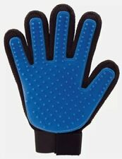 dog / cat / animal grooming glove , pet comb ,same brand as jml just cheaper!!!