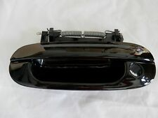 New OEM Door Handle Exterior Front Driver Keyhole Cadillac DTS Deville 25749397