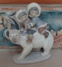 "Lladro #5353 ""Eskimo Riders"" Inuit Children on a Polar Bear - MINT,no box,RV$395"