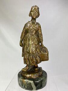 Joseph d'Aste (1881-1945) SPL. Sculpture BRONZE ED. ANCIENNE FILLETTE NORMANDE